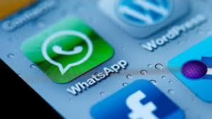 Facebook-Buys-Whatsapp_2